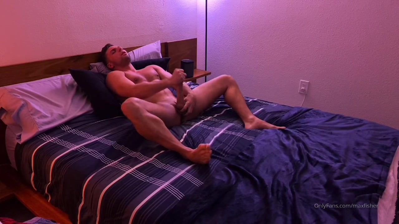 Max Fisher jerking off and cumming over his body