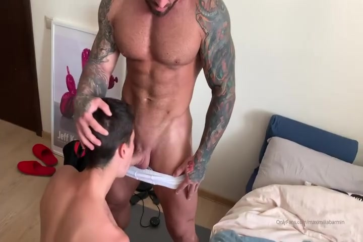 Maximus Barmin fucking a young twink