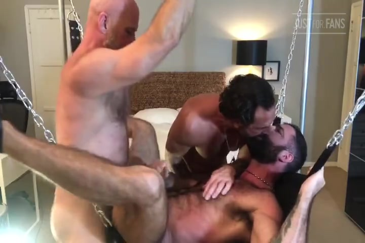 Jake Nicola, Vince Parker & Jake Mitchell having a threesome