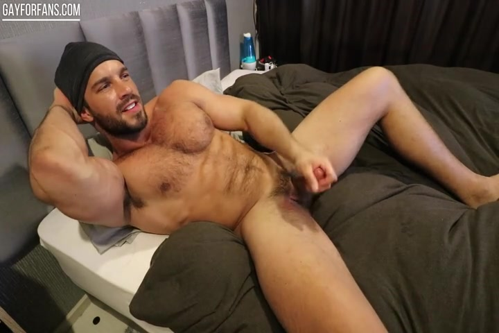 Brock Jacobs jerking off and cumming over himself