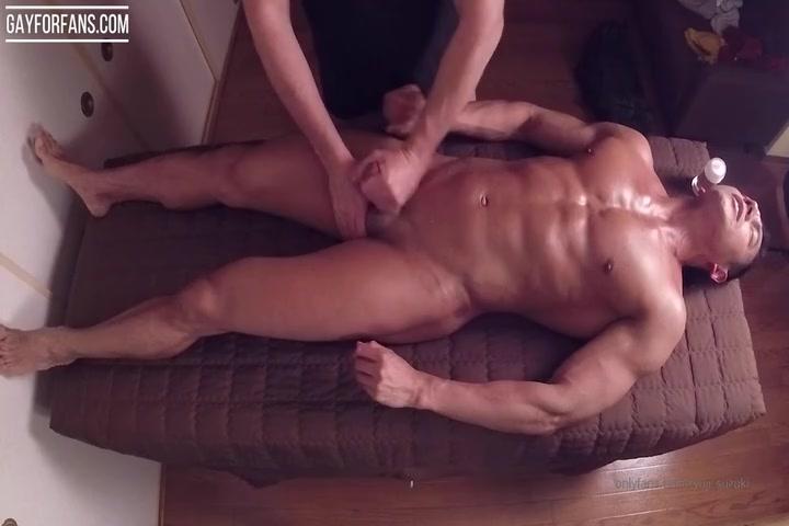 Japanese Muscle Hunk Getting a Hand Job - Ryuji Suzuki