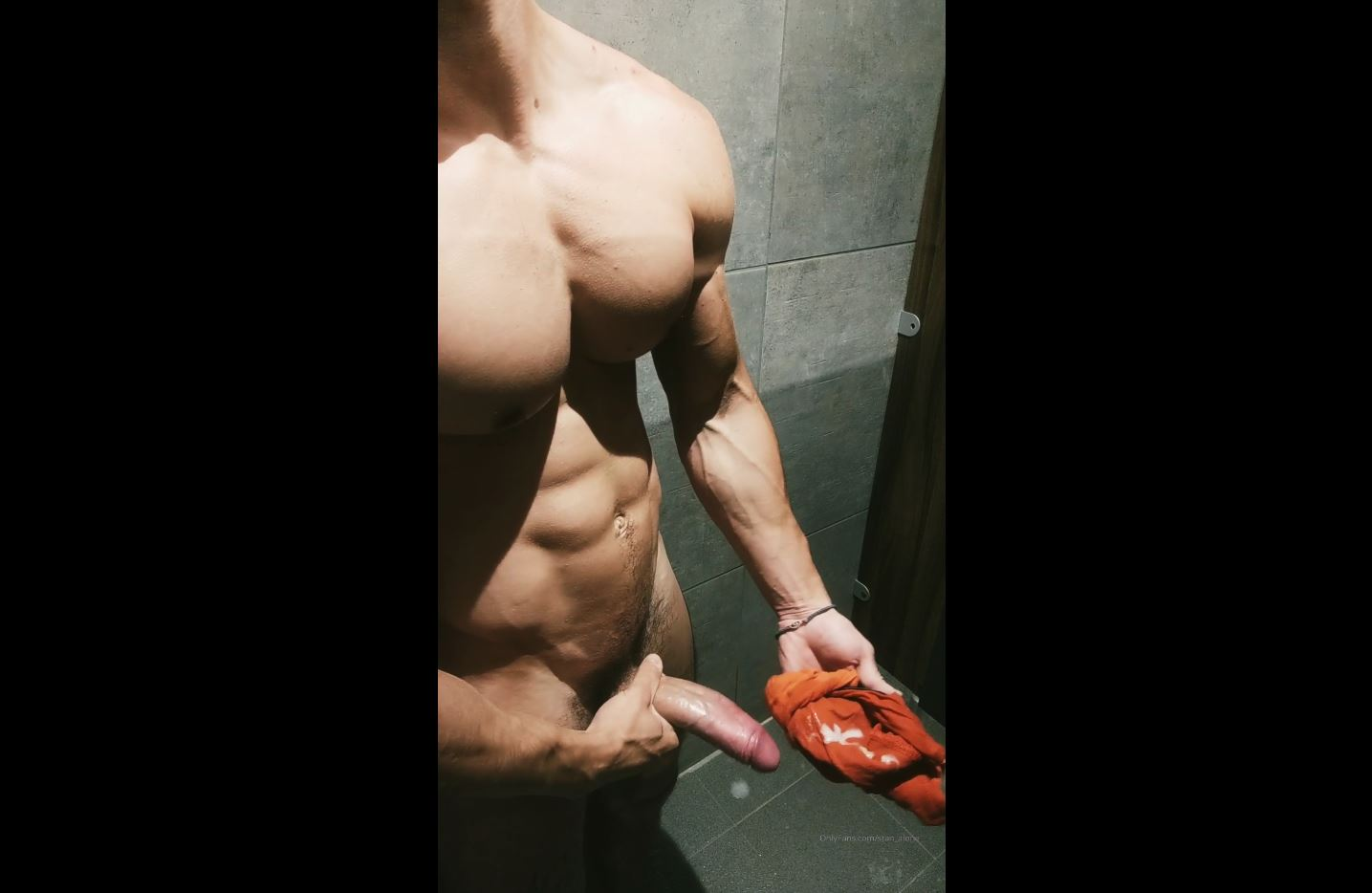 Jerking off in the gym shower and cumming over my underwear - Stan_alone4