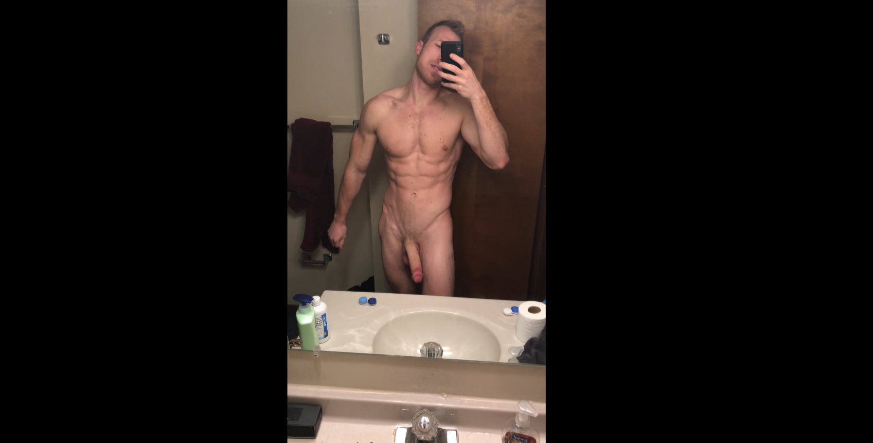 Connor Holt showing off his body and big cock - eeconnerholtee