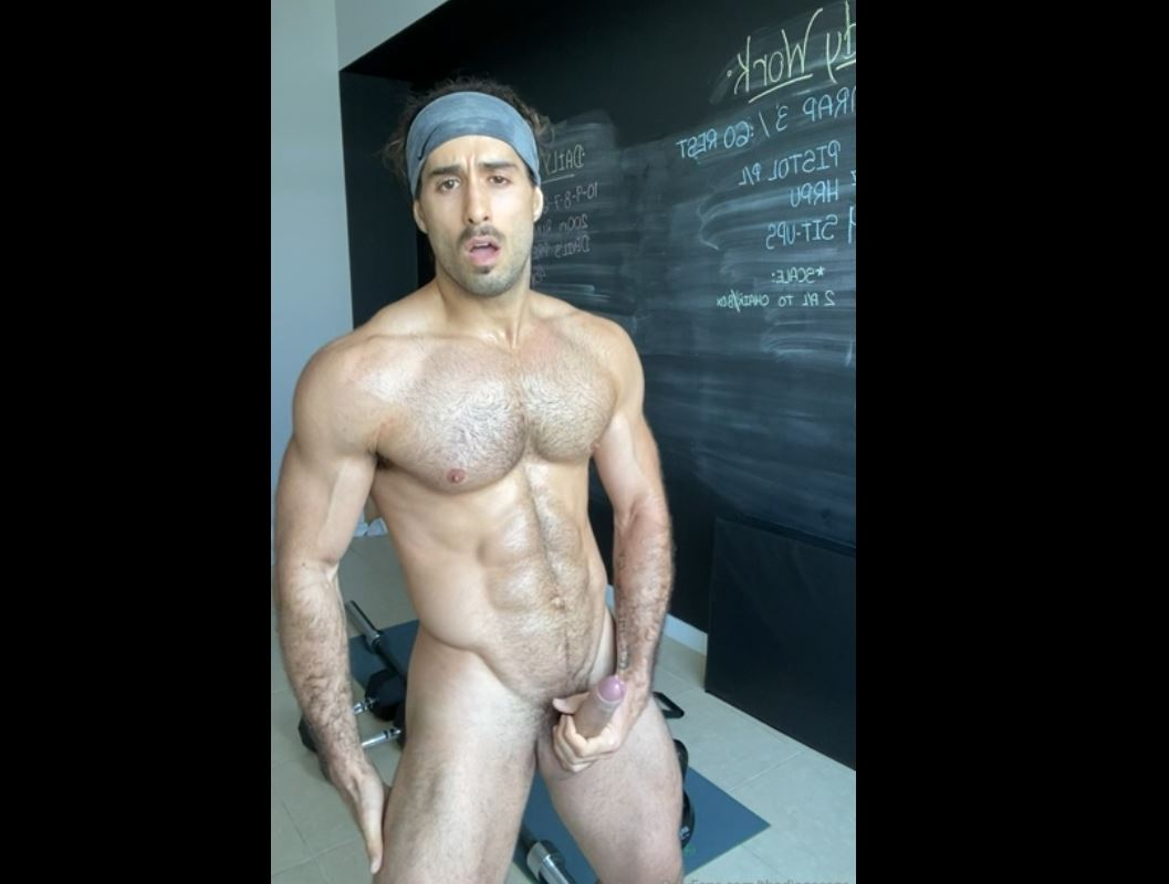 Working out naked then jerking off - thediegosans