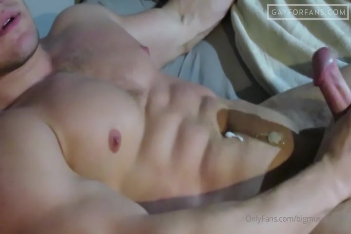 Quickly Cumming Over My Abs - Bigmusclegod8