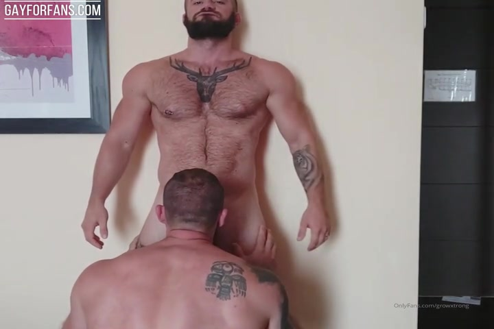 Sucking my boyfriends cock (no cum) - Growxtrong