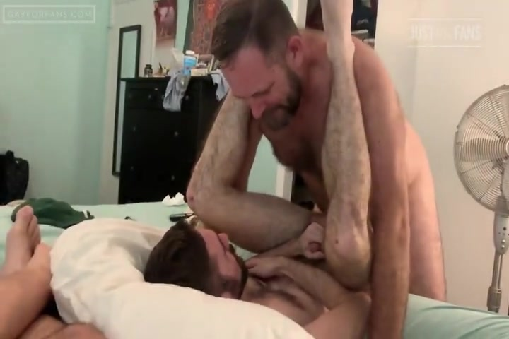 Realmenfullbush Dumping His Load In Me - FrostyOtterXXX
