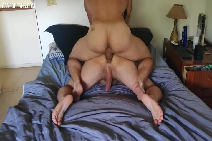 Dumping a big load in my boyfriends ass - Growxtrong