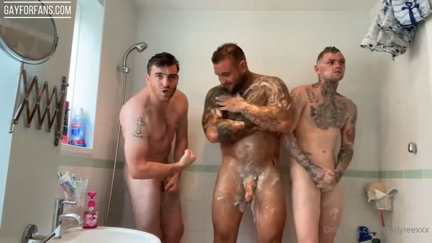 In the shower with my mates - AndyLeeXXX