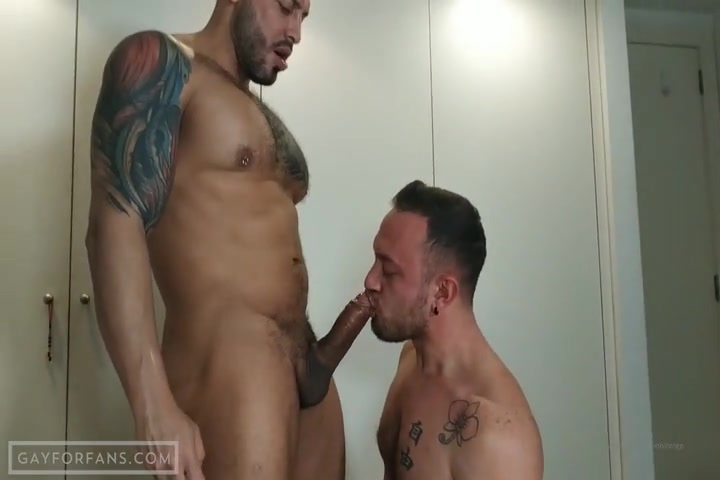 Viktor Rom fucks Pornobalengo