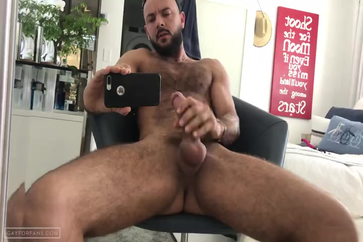 Quick solo jerk off - SirPeeter