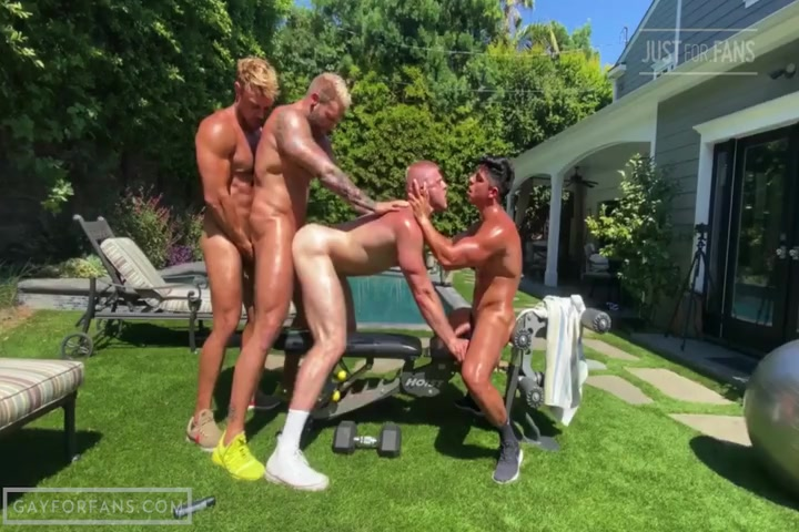 Group Fun With Greu28, Trophyblond, Magicblond and Logan Stevens