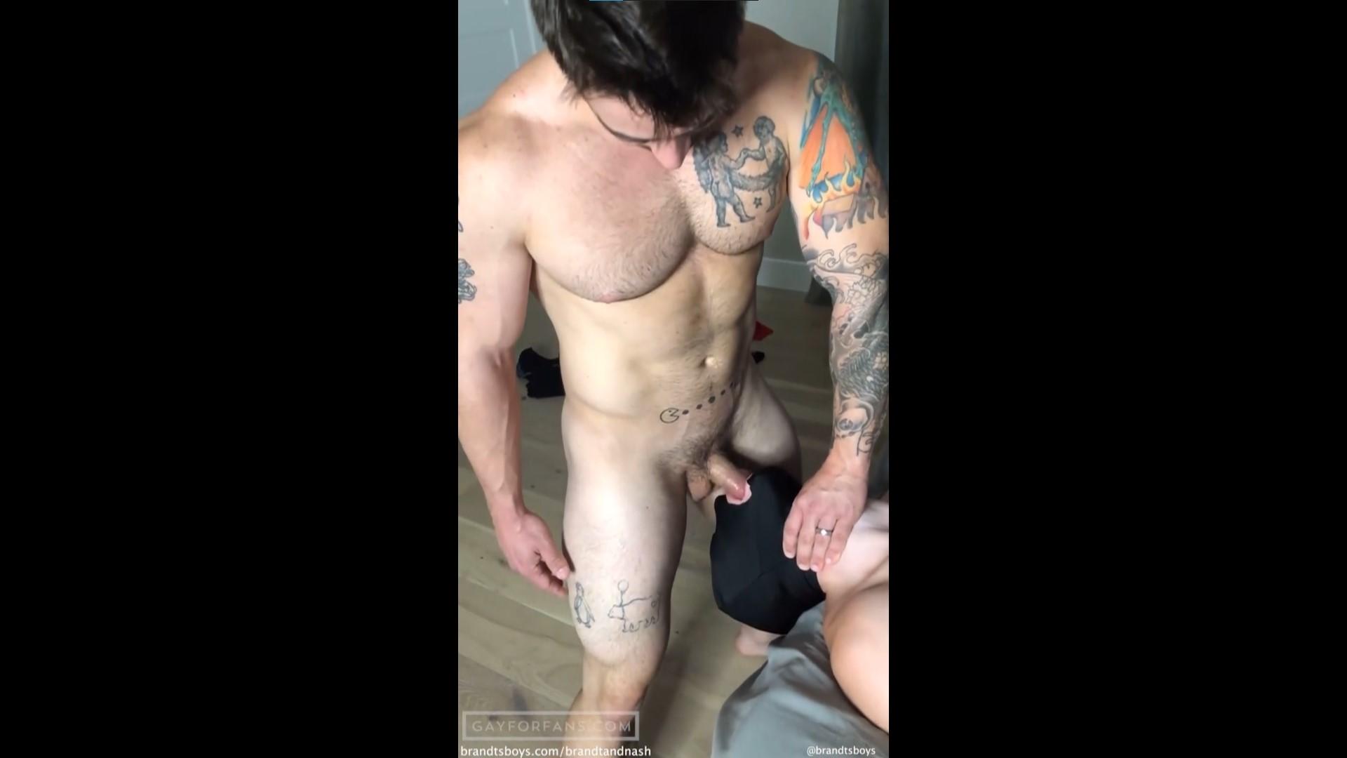 Jordan throat fucks Nash - JordanxBrandt