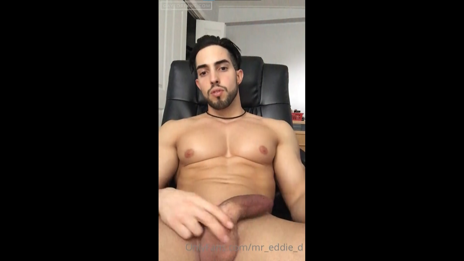jerking off and shooting big load - Mr_eddie_d