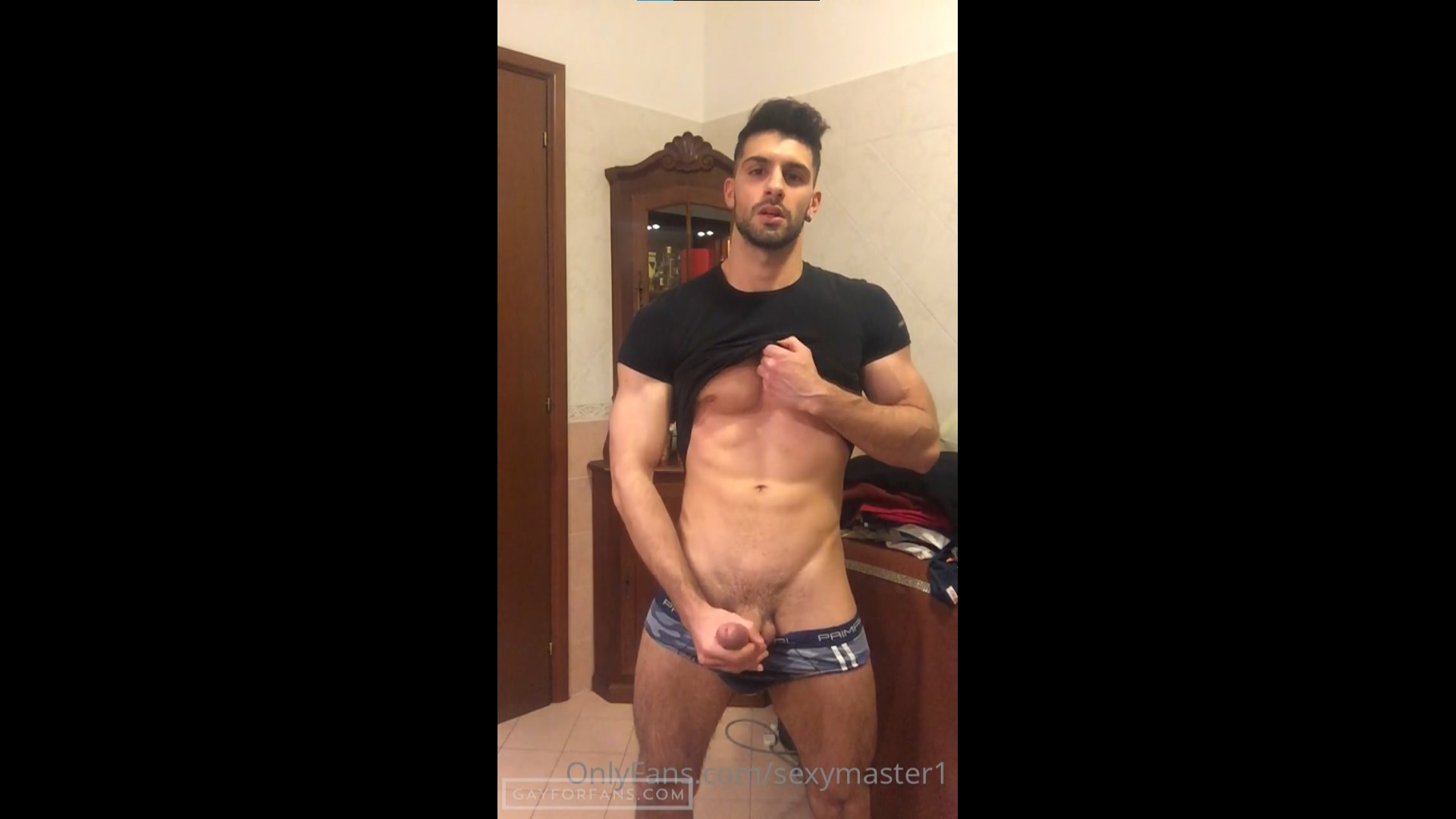 Showing off my abs and jerking off - Katoptris