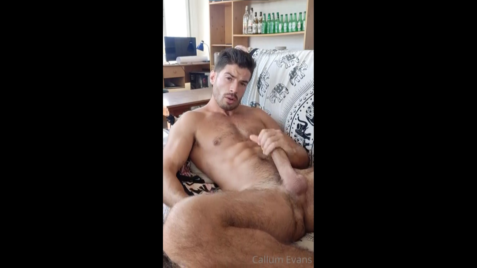 Jerking off hard and cumming over my abs - Callum Evans
