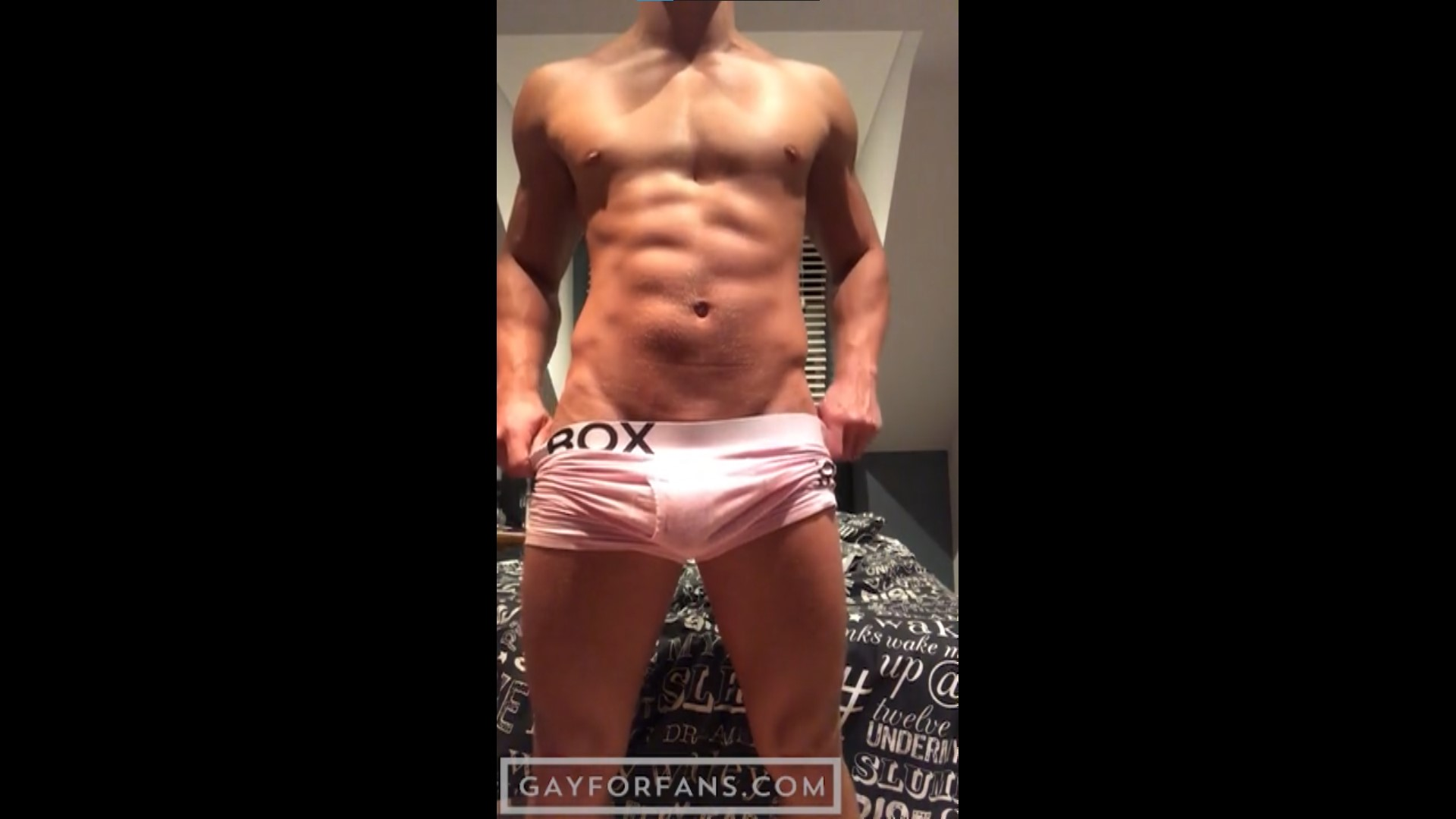 Showing off my body and cock - Peachy Boy