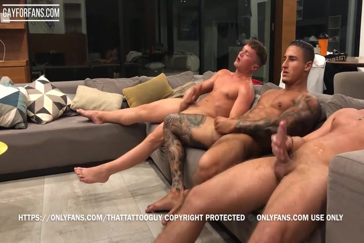 Jerking off and cumming with my two mates