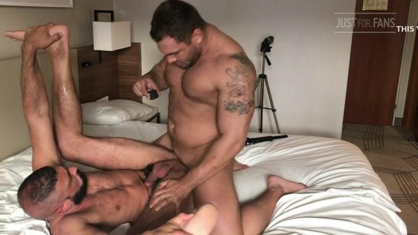 Brock Magnus fucks Marco Napoli