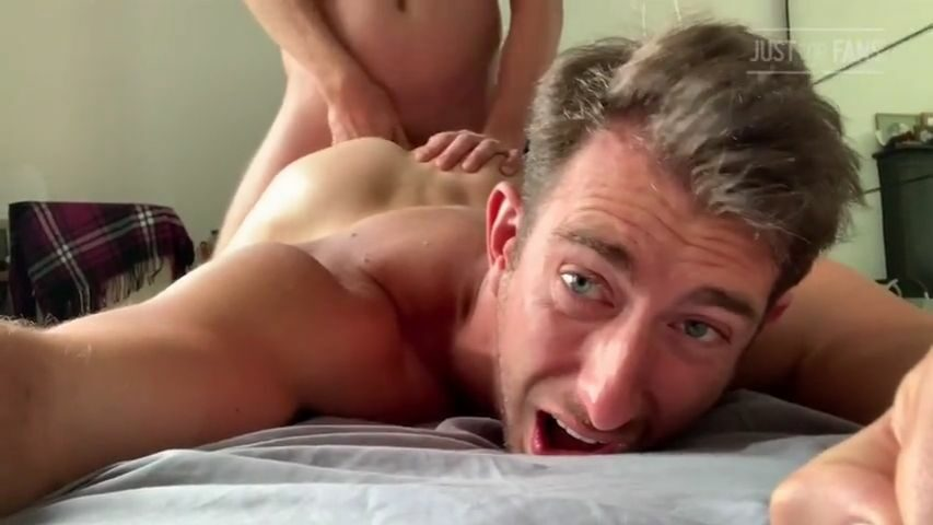 Hung Daddy throat fucks me and breeds my ass - teninchtopxxx - John Thomas