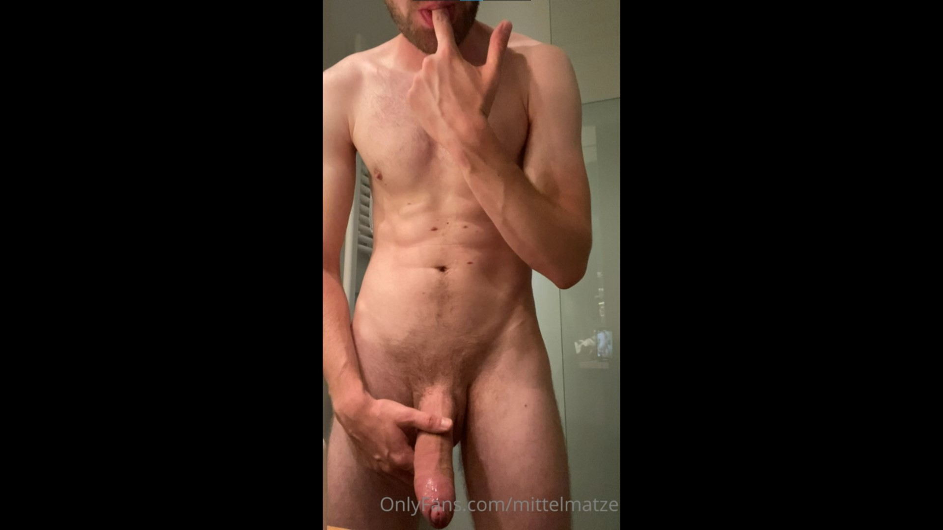 Jerking my big German cock and cumming over myself - MittelMatze