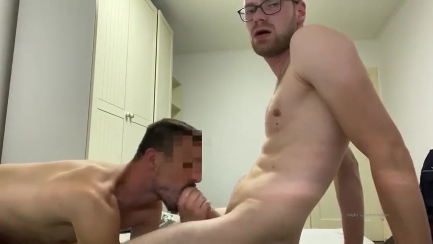 Fucking an anonymous guy and shooting my load over his hole - MittelMatze