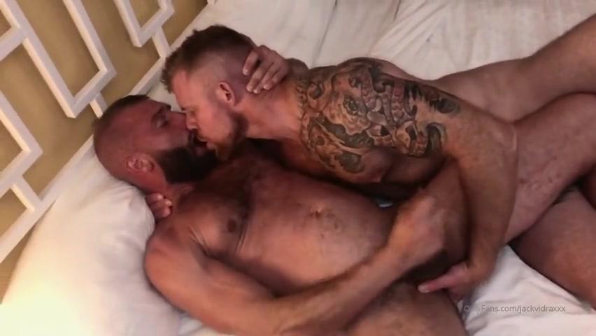 Jack Vidra and Donnie Argento flipfuck