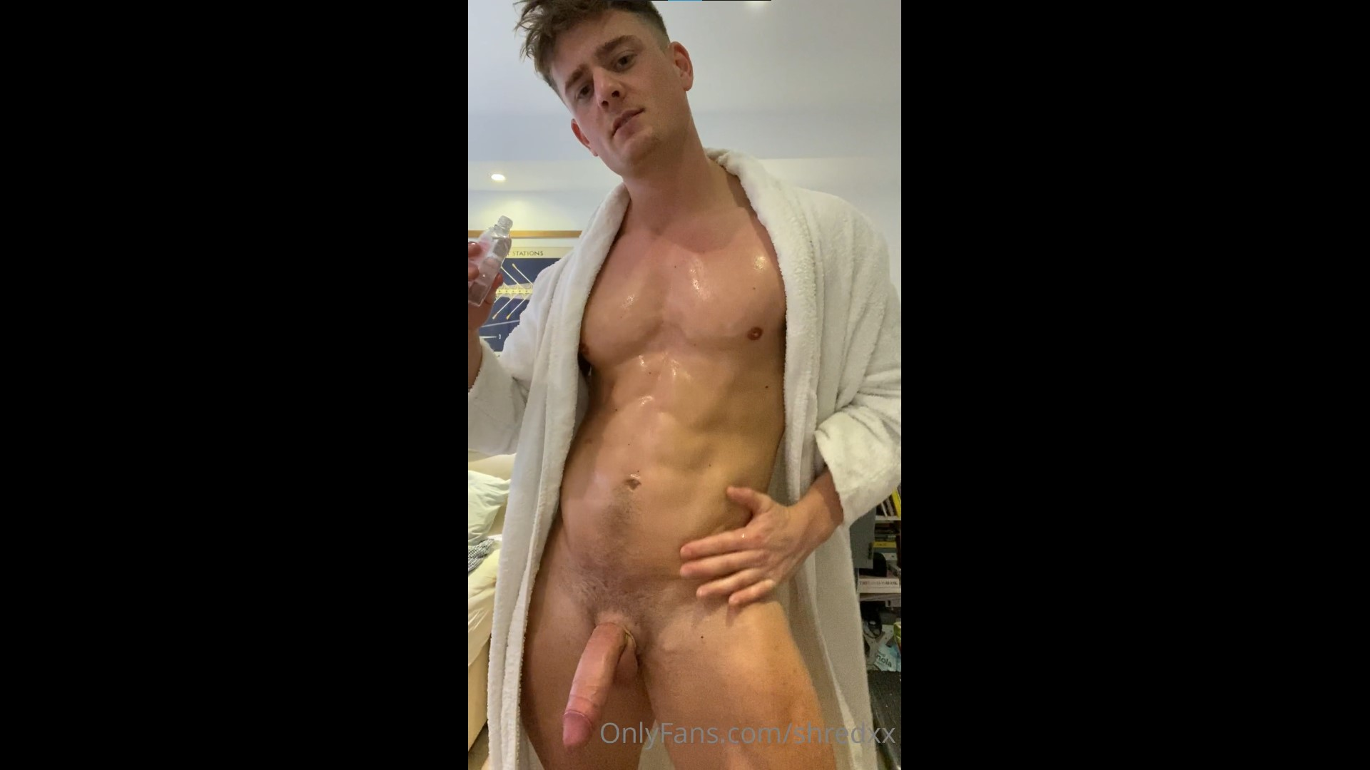 Talking dirty while rubbing oil over my body and cock - Shredxx