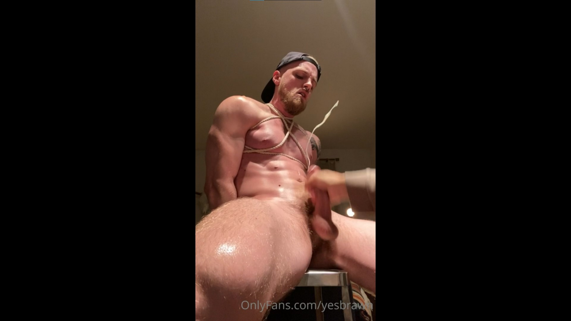 Tied up and jerked off by another guy - Yesbrawn