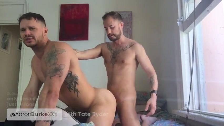 Aaron Burke fucks Tate Ryder