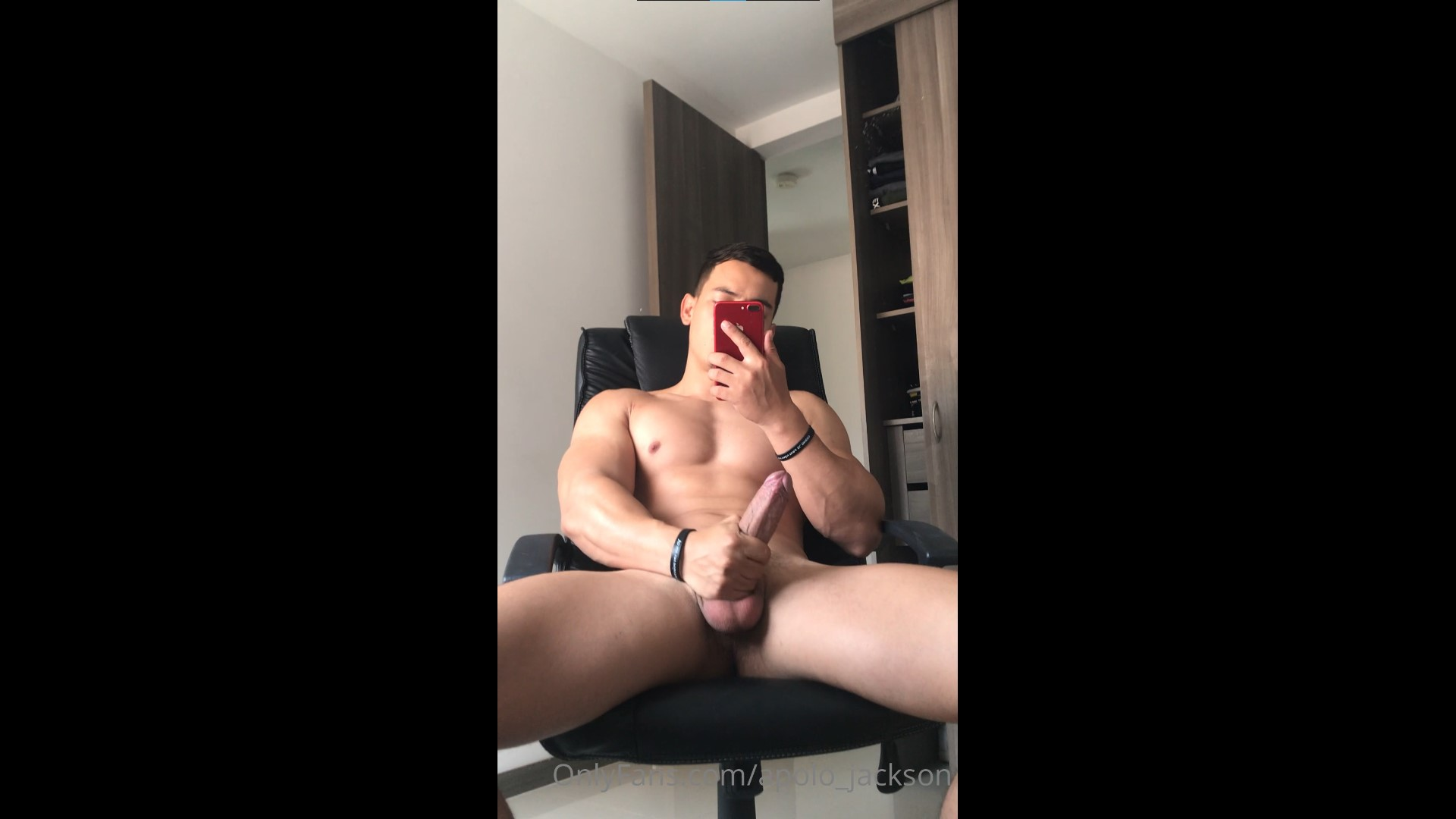 Jerking my cock and playing with my hole - apolo_jackson
