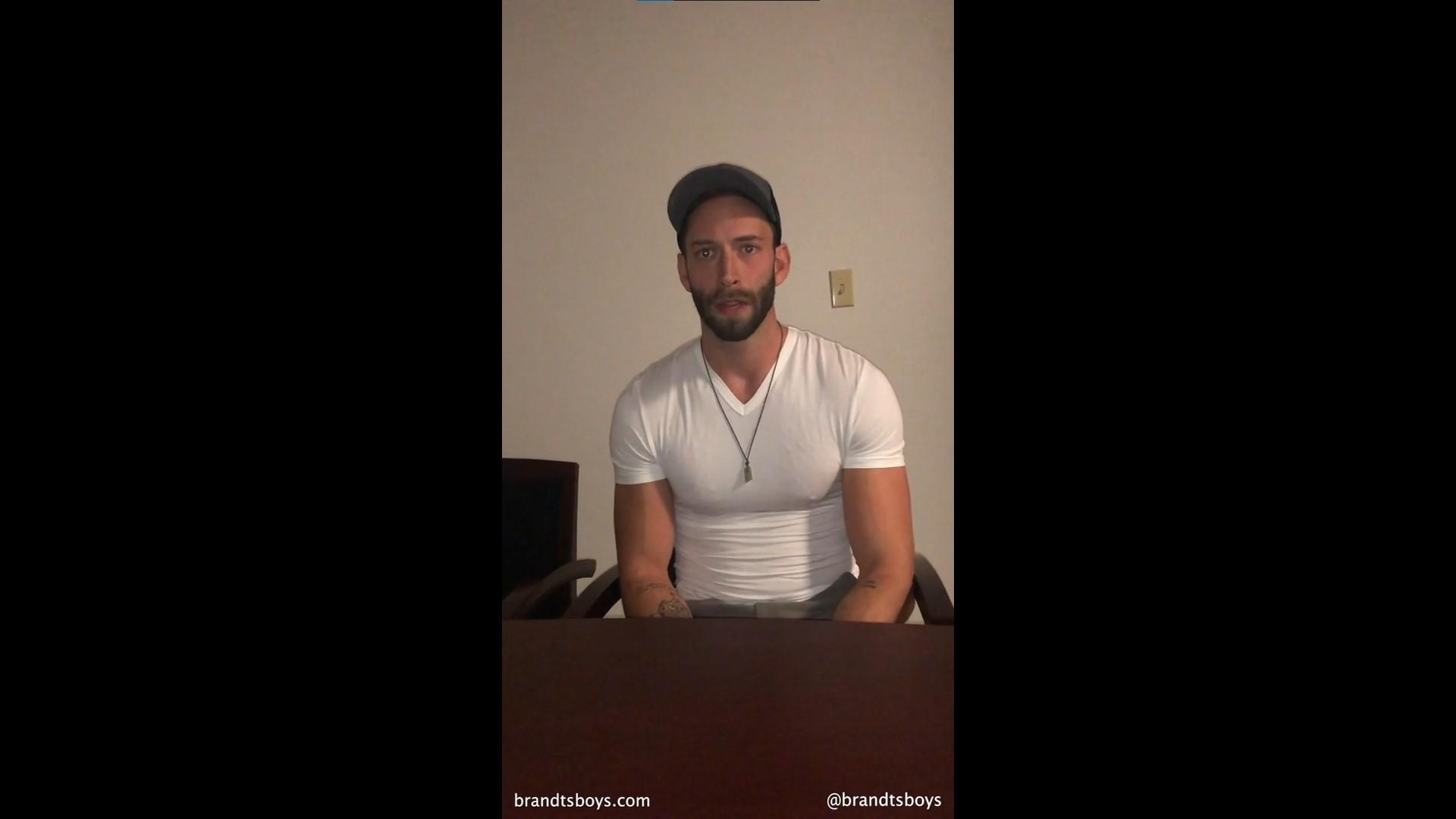 Kyle gives brandt a blowjob - BrandtandNash - KylexBrandt