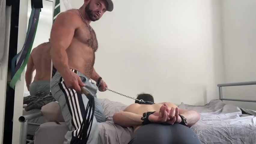 Punishing my young bottom sub and whipping him - Bull Barrett