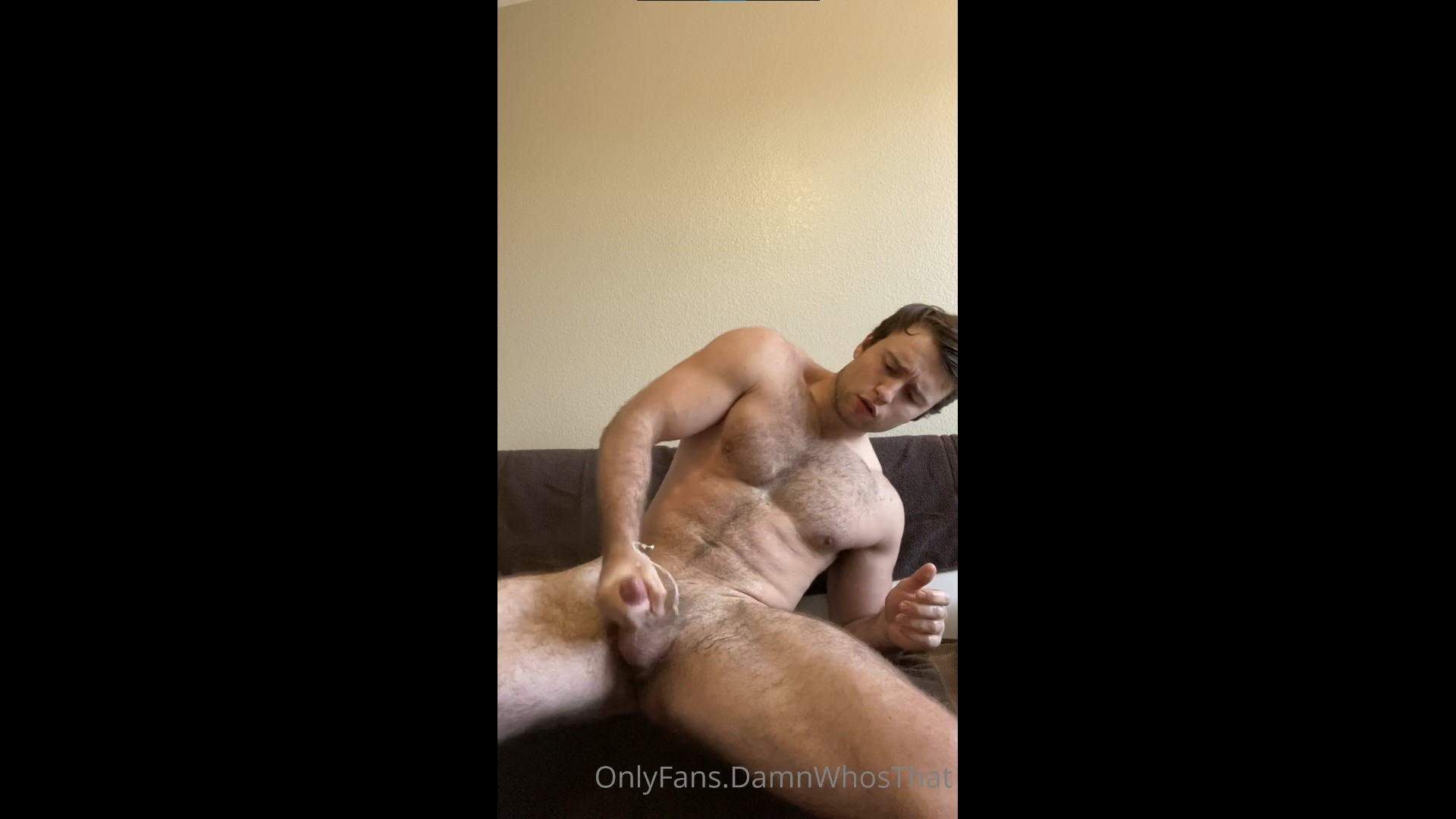 Quick solo jerk off - DamnWhosThat