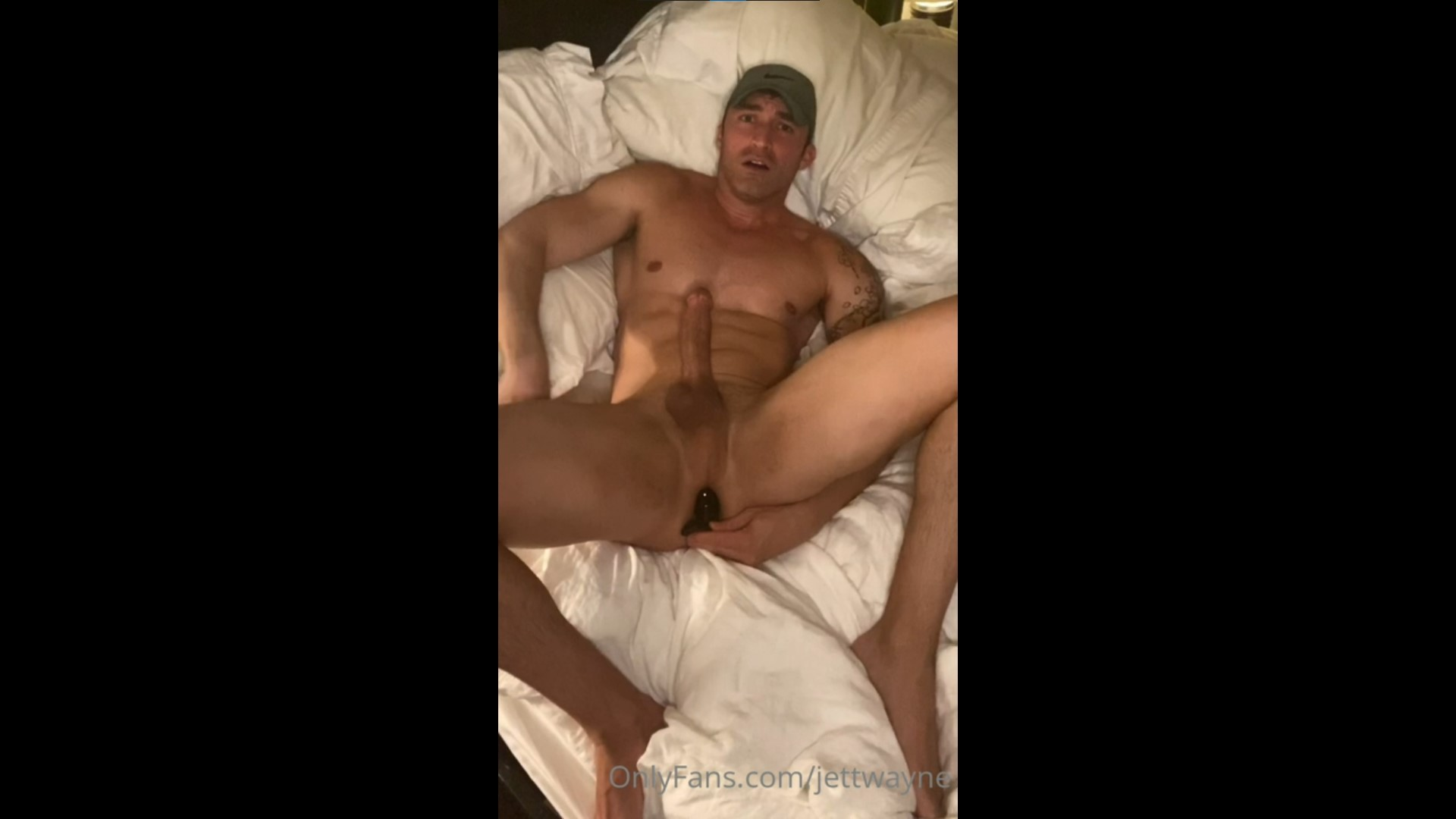 Playing with a butt plug while jerking off - Jett Wayne (officialjett)