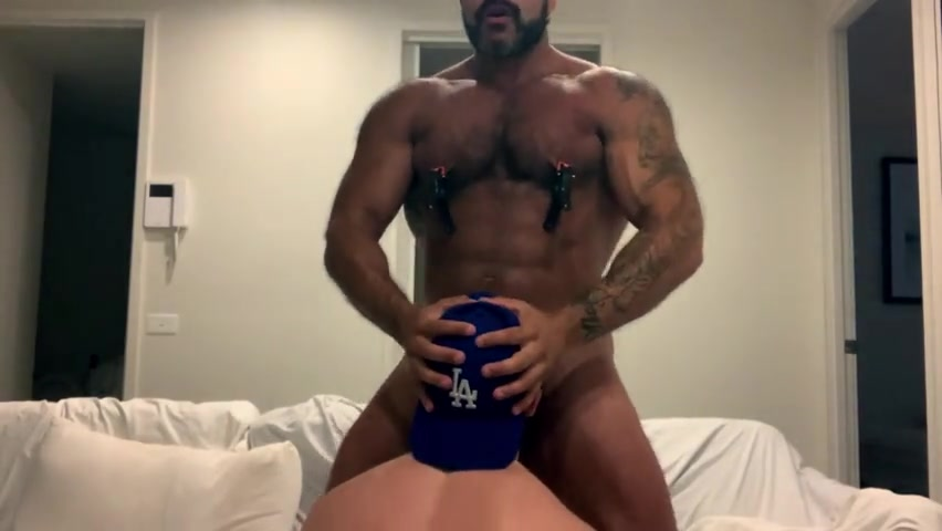 Rogan Richards face fucking an anonymous guy