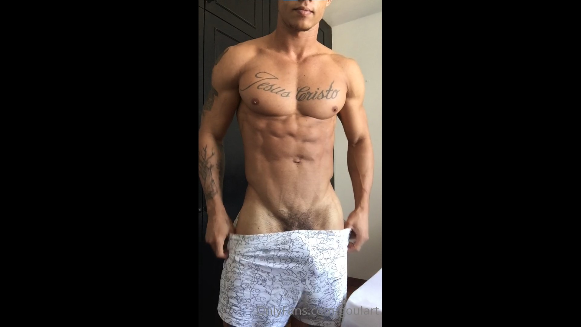 Jerking my cock and showing off my ass - Goulart