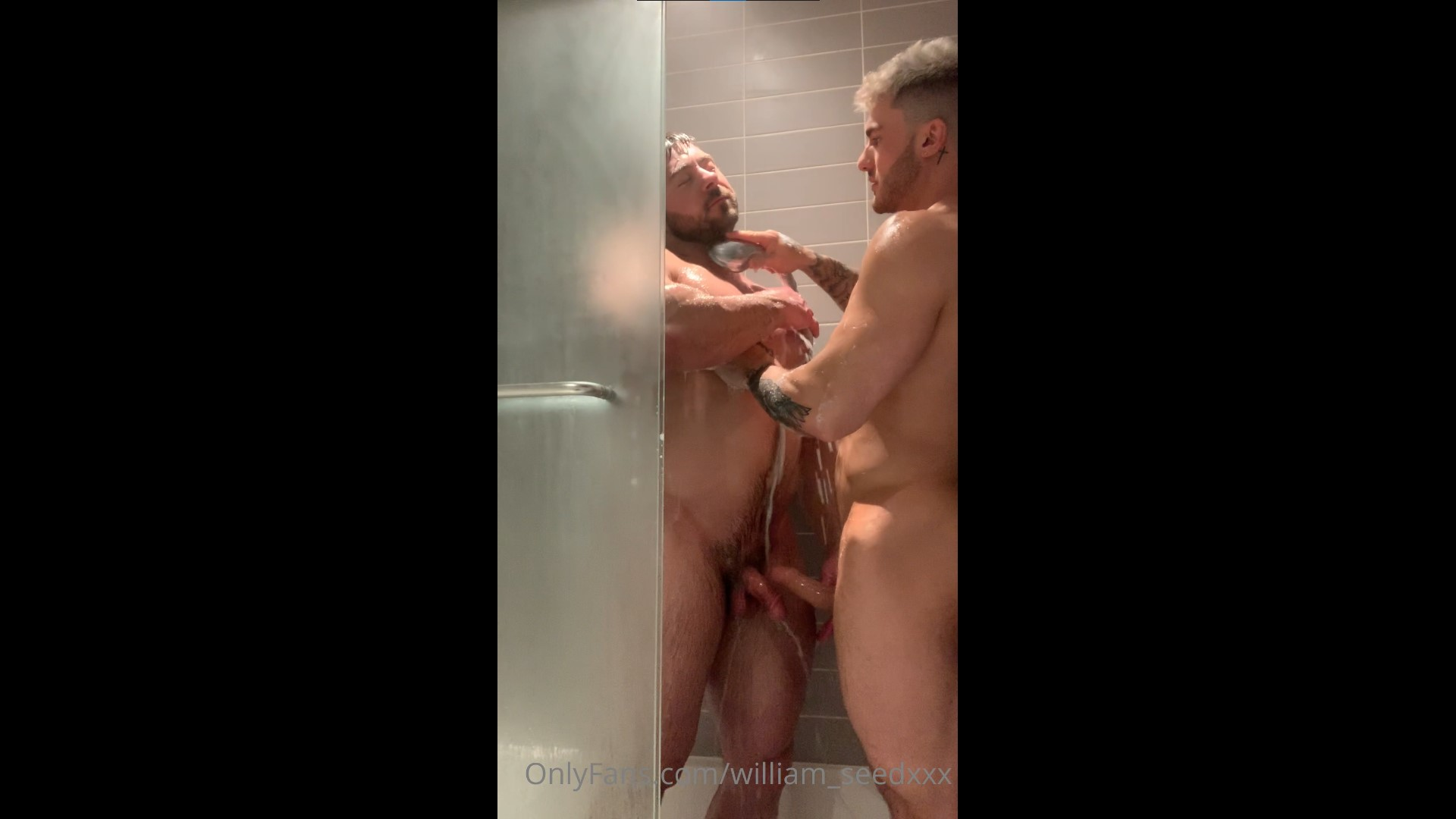 Having a shower with a hot muscles stud - William Seed