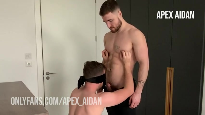 Fucking my blind folded friend bareback - Aidan Ward (Apex_Aidan)