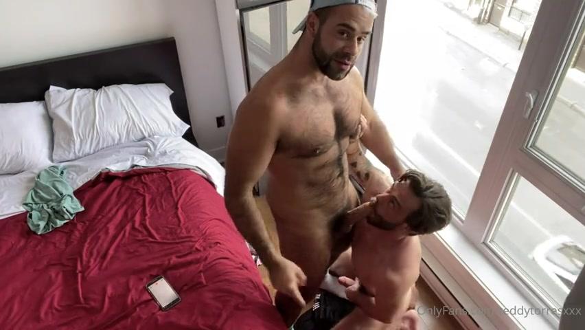 Teddy Torres (TeddyTorresXXX) fucks KittenBearXXX