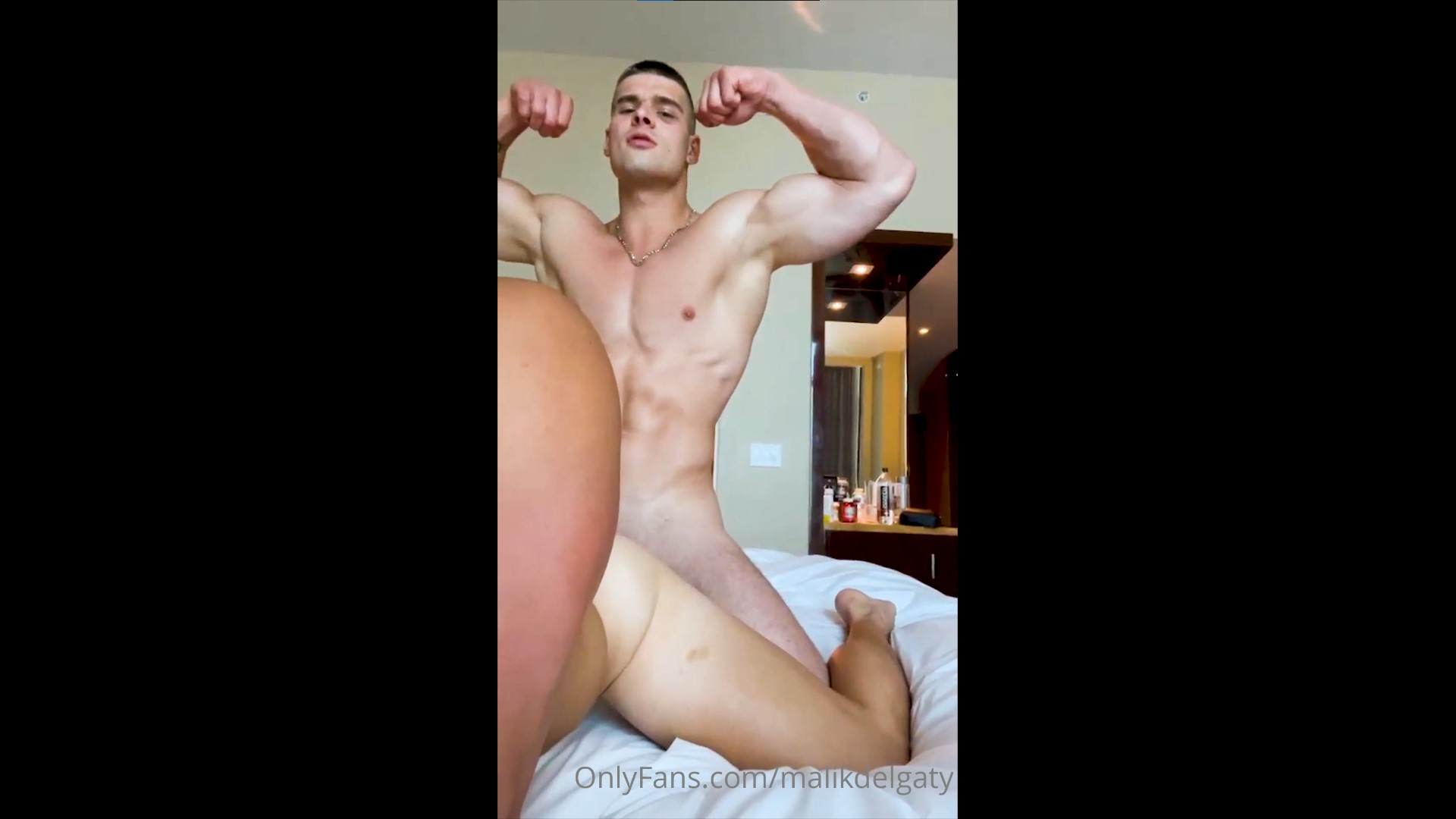 Having a shower and fooling around with a guy till he cums over me - Malik Delgaty