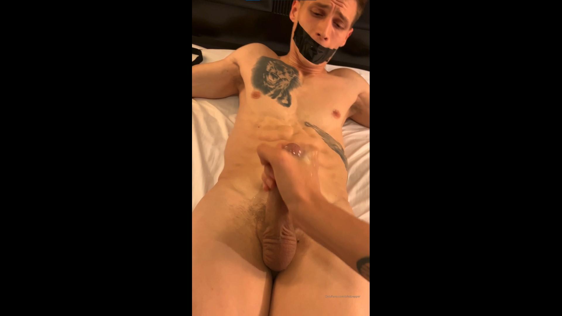 Getting a handjob while being restrained - Daniel Jensen (phdpepper)