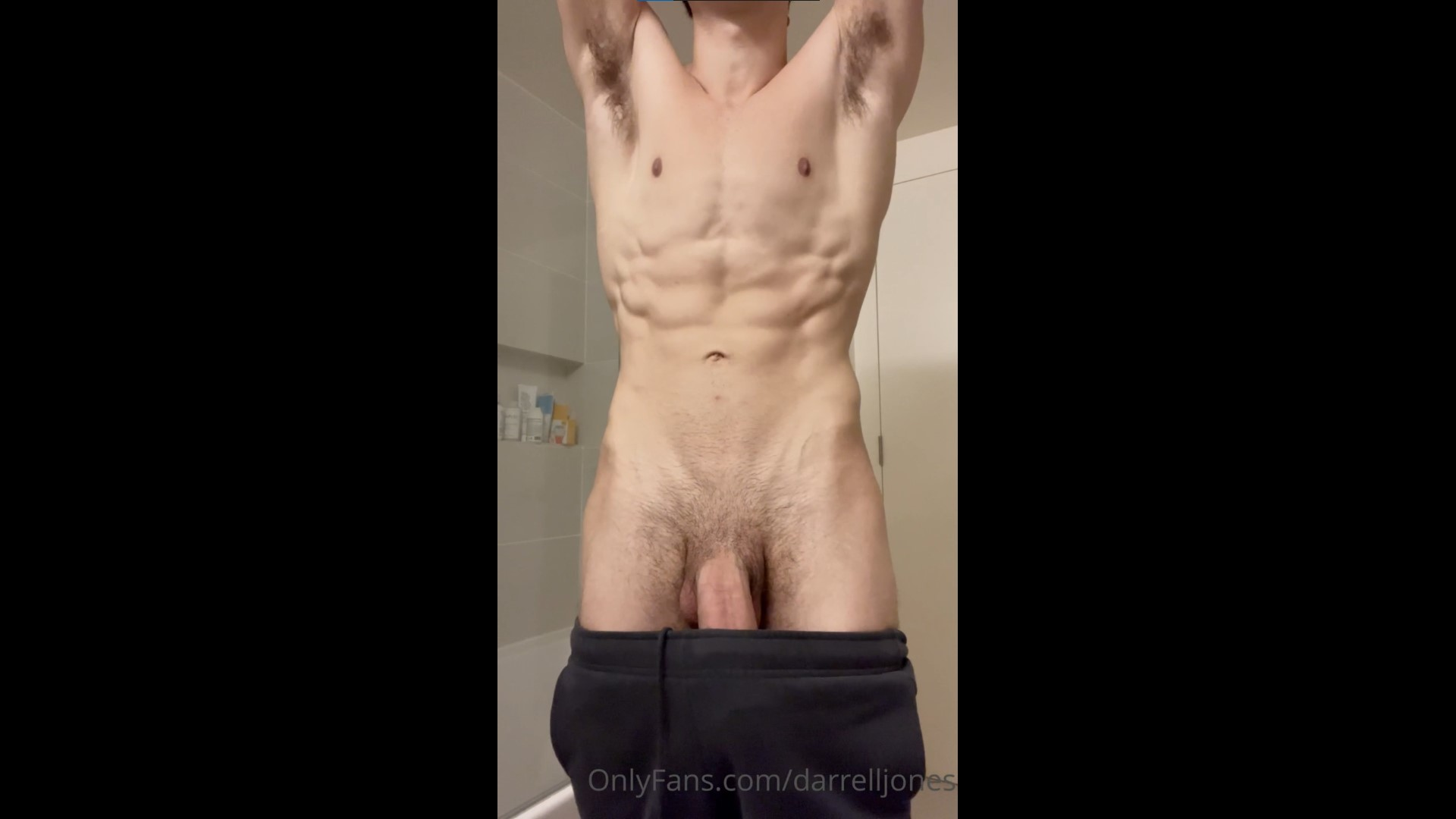 Quickly showing off my body and dick – darrelljones – Gay for Fans – gayforfans.com