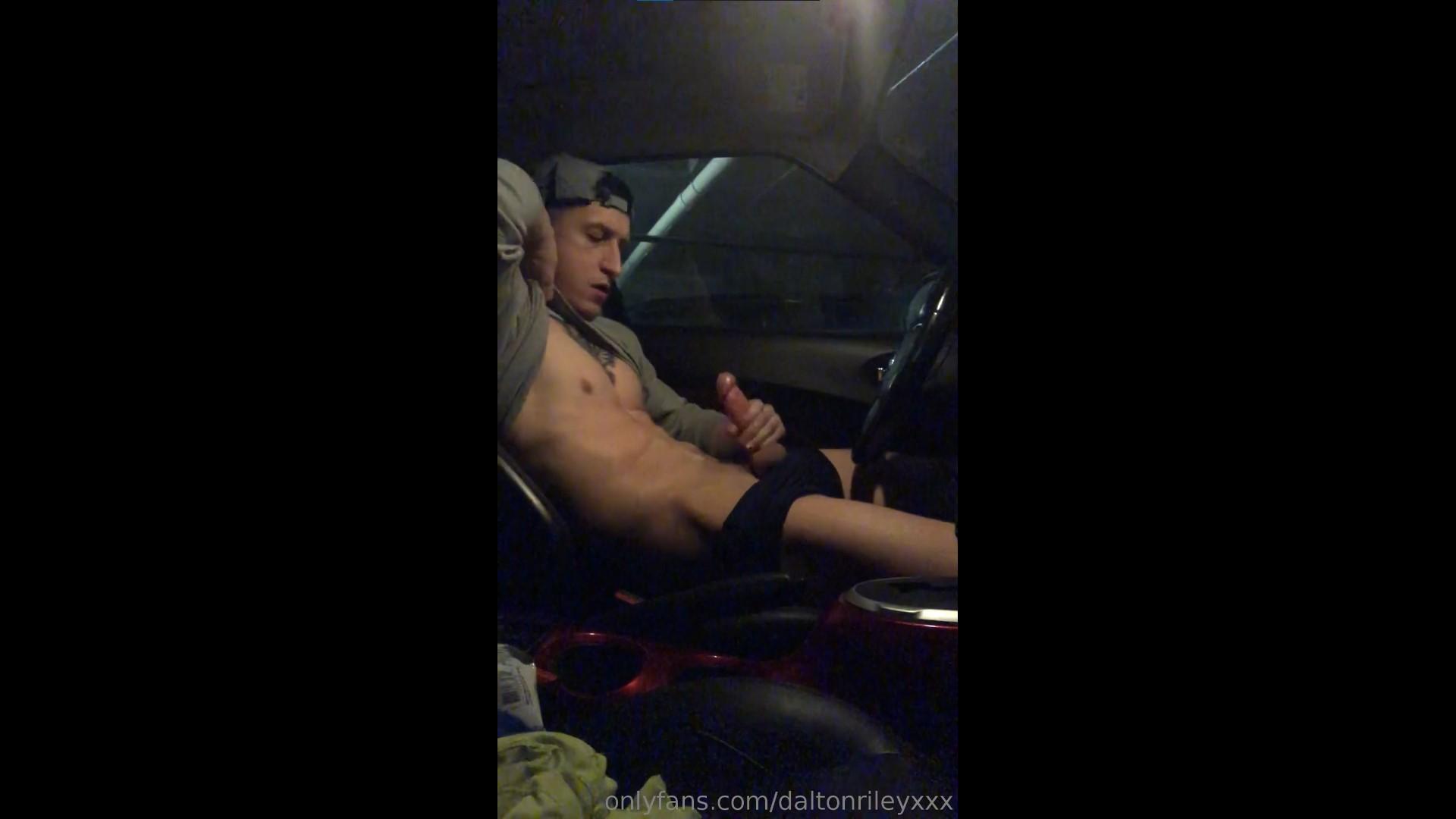 Jerking off in my car and cumming over myself - Dalton Riley (DaltonRileyXXX)