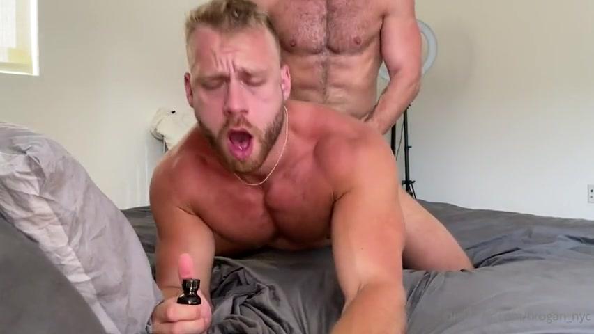 Cole Connor fucks Brogan (brogan_nyc)