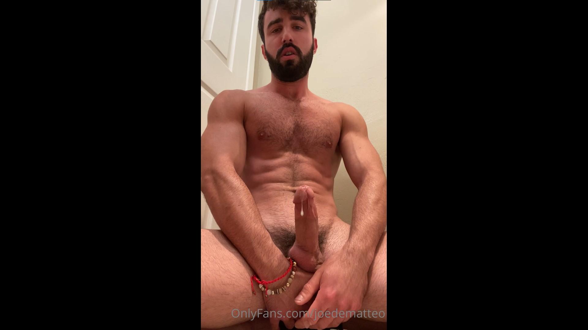 Quick solo jerk off before a shower - Joe DeMatteo