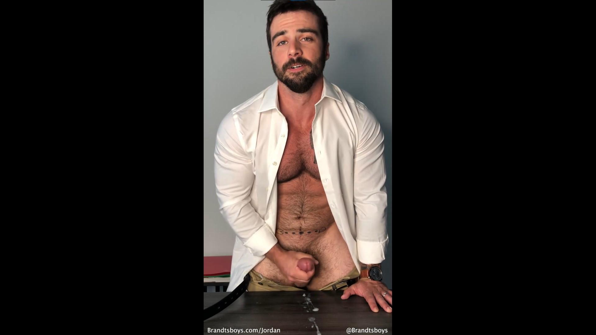 Jerking off and cumming over the desk - Teacher Role Play - JordanxBrandt