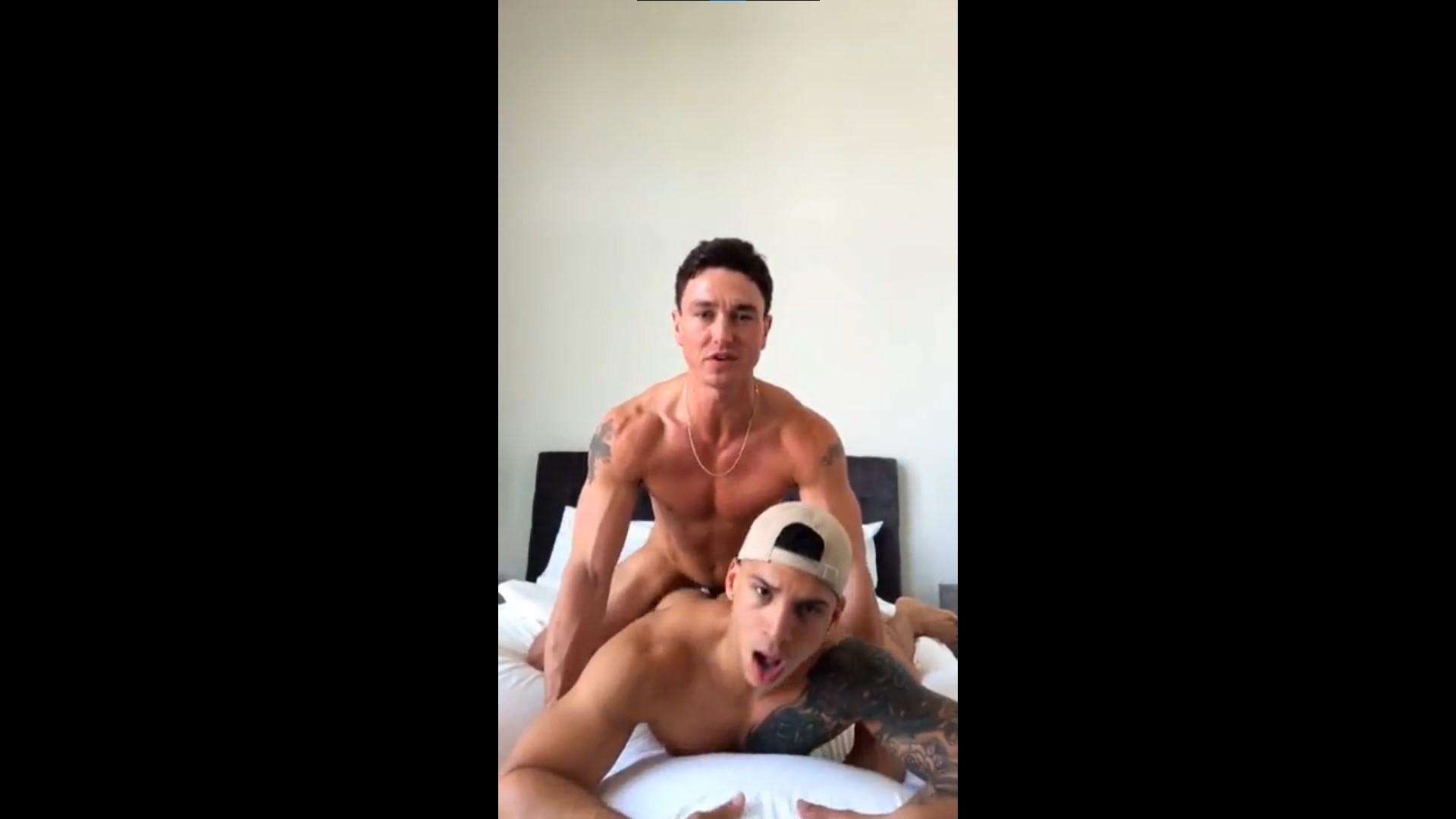 Cade Maddox fucks Diego Grant (fulltimepapi)