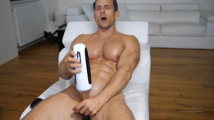 Testing out my new toy till I cum – Jakub Stefano (JakubStefano) – Gay for Fans – gayforfans.com