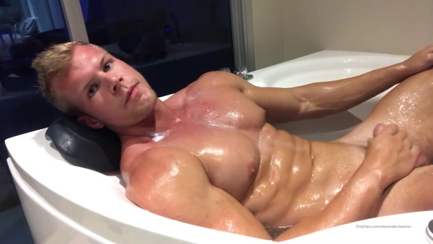 Feeling my muscles in the bath and jerking off – Alexander Steel (AlexanderSteelXXX) – Gay for Fans – gayforfans.com